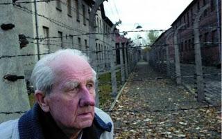 Reise gegen das Vergessen: Der Fotograf von Auschwitz