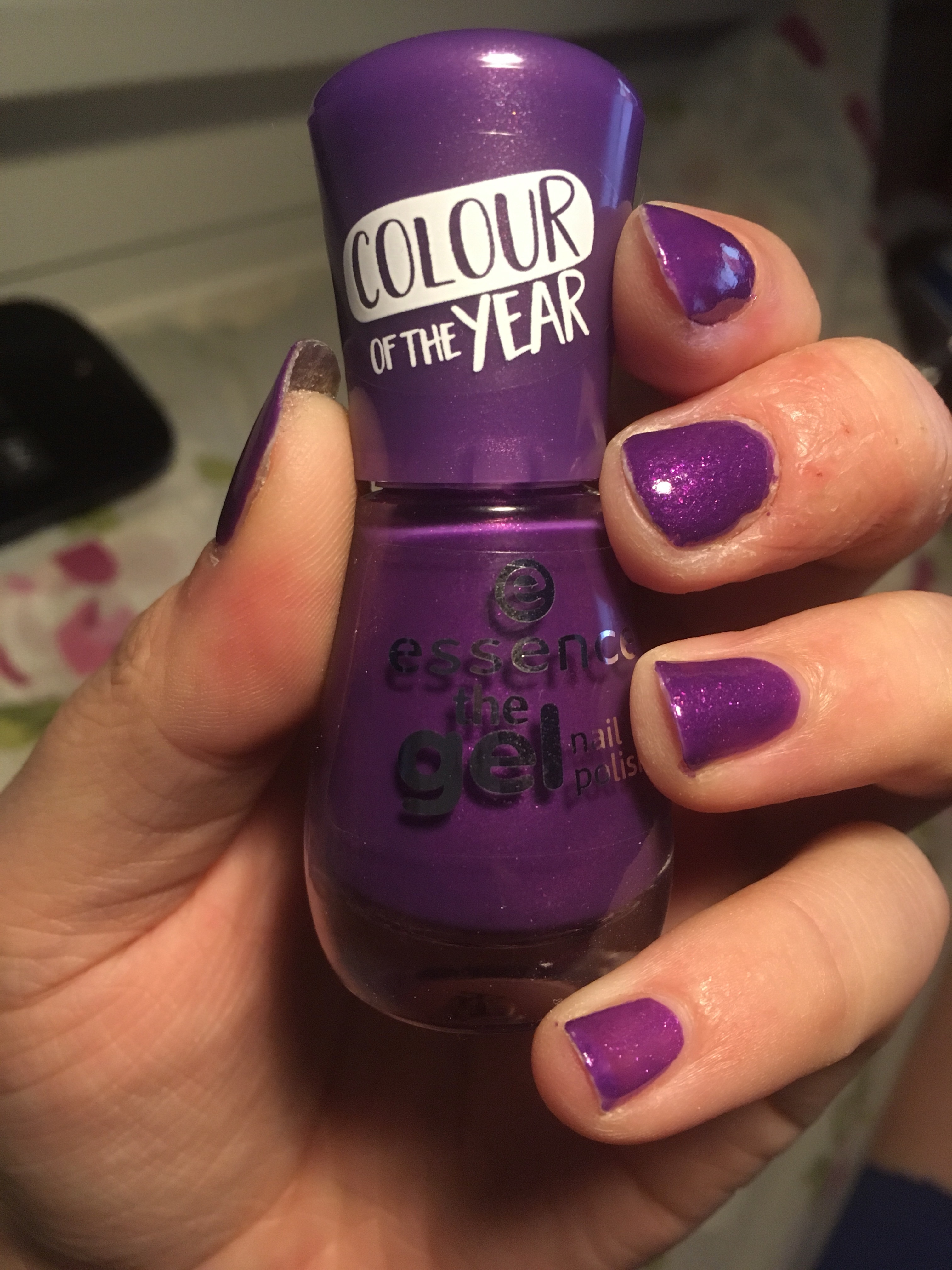 Ultra Violet… oder wie meine Nägel wieder zur Farbe kamen…